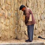 Breña: S/. 925 de multa por orinar en la vía pública