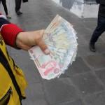 Tipo de cambio del dólar frente al sol  cierra a la baja: S/ 3.408