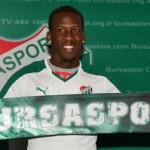 Luis Advíncula no es considerado por el nuevo técnico del Bursaspor