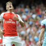 Arsenal pierde de local ante West Ham en inicio de Premier League
