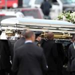 Whitney Houston: conflicto familiar durante entierro de hija