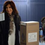 Argentina: Scioli gana primarias y se posiciona en presidenciales