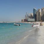 Dubái: joven muere porque su padre impide que rescatistas la toquen