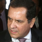 Luis Iberico pedirá explicaciones sobre presunto reglaje en su contra