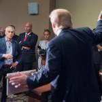 Trump: condenan expulsión de periodista de Univisión