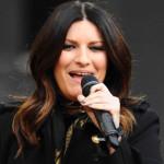 Laura Pausini recordó con lágrimas a fan peruano en concierto