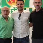 Juan Manuel Vargas firma dos años con Real Betis de España