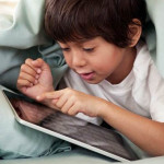 Día del Niño: ojo seco se incrementa por abuso de tablets