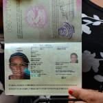 "Nepal: transexual obtiene primer pasaporte para ""tercer género"""