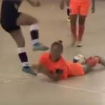 YouTube: brutal agresión en el fútbol sala de Brasil