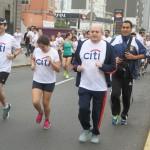 Pedro Cateriano participó en carrera benéfica por niños del valle del Urubamba