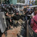 Ucrania: enfrentamientos violentos por reforma constitucional (VIDEO)