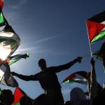 Palestina coloca su bandera en la sede de la ONU