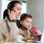 Mamá multitasking: conoce 3 tipos de madres 'pulpo'