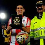 Fair Play: Roberto Ovelar premiado por la policía por su honrado gesto