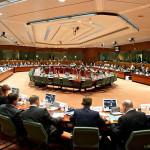 UE formaliza reubicación de 40.000 refugiados en dos años