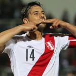 Perú: Claudio Pizarro en lista de convocados para Colombia y Chile
