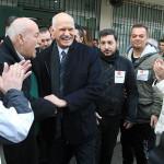 Elecciones Grecia: conservadores sacan ligerísima ventaja a Syriza