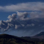 Ecuador: volcán Cotopaxi registra más de 100 sismos continuos
