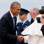 Papa Francisco llega a Estados Unidos y es recibido por Obama