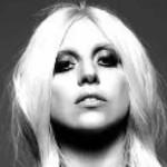Lady Gaga: en American Horror Story y vestido de carne