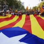 España: debate sobre independencia de Cataluña agita sociedad