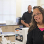 EEUU: cárcel para funcionaria que nególicencias a matrimonios gay