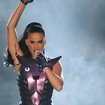 Katy Perry hechizó a los peruanos con su talento y atuendos