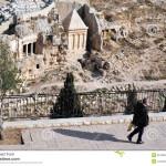 Israel: vándalos profanan y queman tumbas judías en Monte de los Olivos