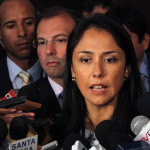 Twitter: Nadine Heredia reitera críticas al Tribunal Constitucional