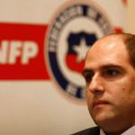 Directivos del fútbol chileno son acusados de recibir sueldos ilegales