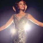 Whitney Houston vuelve a cantar pero como holograma