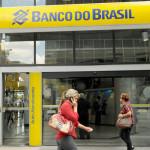 Bancos de Brasil disparan intereses de tarjeta de crédito al 414 %