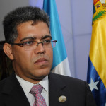 Uruguay: Excanciller venezolano invita a observadores para elecciones