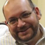 Irán asegura que se intenta resolver caso de periodista detenido
