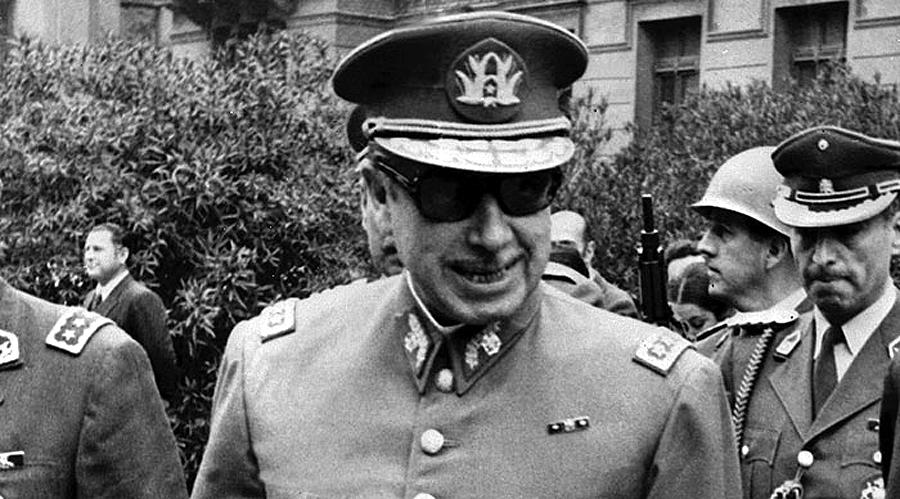 Pinochet02