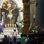 Señor de Los Milagros: Fieles visitan su imagen en Las Nazarenas