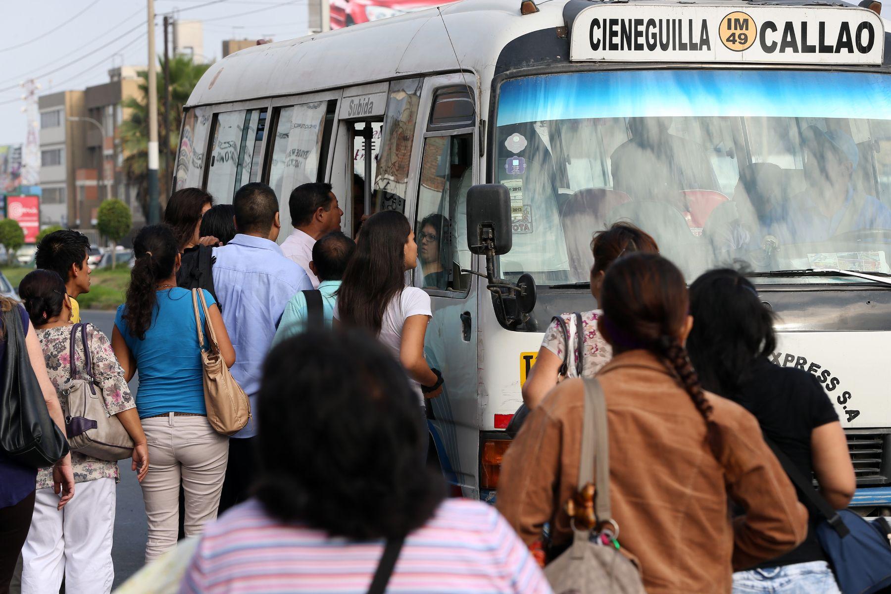 Congreso: Aprueban crear Autoridad del Transporte para Lima y Callao