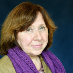 Nobel de Literatura: distinguen a periodista Svetlana Alexiévich