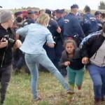 Camarógrafa que pateó a refugiados demandará a Facebook