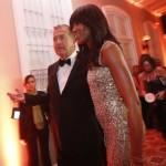 Naomi Campbell y Mario Testino en gala benéfica del MATE