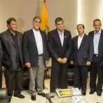 Ecuador: Correa recibe a los 5 cubanos condenados por espionaje en EEUU