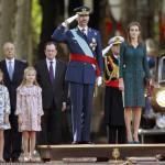 Reyes Felipe VI y Leticia encabezan la Fiesta Nacional de España