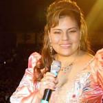 Dina Páucar cantó con todo su amor en México