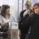 Argentina: Cristina Fernández asegura que seguirá en política