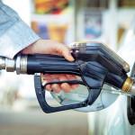 Bolivia: normarán que autos sin seguro no puedan recargar combustible