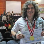 Gustavo Ratto: cantante huanuqueño condecorado por el Congreso