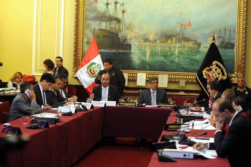 Presupuesto del interior contempla aumento de sueldos a for Sueldos ministerio del interior