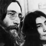 "John Lennon: Yoko Ono revela ""bisexualidad"" del ex Beatle"