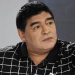 Maradona acepta presidencia de ONG ofrecida por la reina de Inglaterra